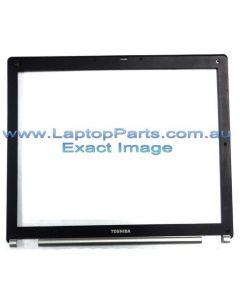 Toshiba Tecra S2 (PTS20A-0YR002)  LCD Bezel  15.0 10GC K000023640