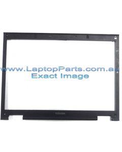 Toshiba Satellite M70 (PSM73A-00K007)  LCD BEZEL K000033060
